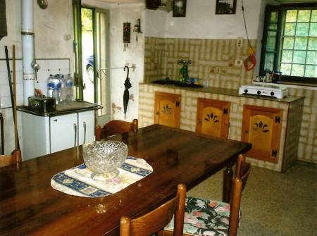 The old farmhouse, Kitchen with large fireplace